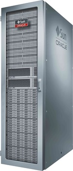 写真:Oracle ZFS Storage ZS4-4の外観