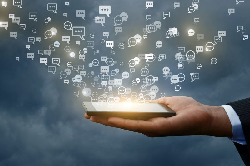 ビジネスチャットは、コミュニケーションからワークスペース志向へ